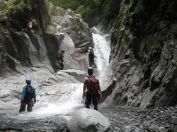 西丹沢 小川谷で沢登り・・・が難易度高くてビビる!