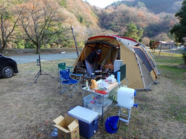 冬キャンプ♪テント内に薪ストーブが入ってる!in青根キャンプ場