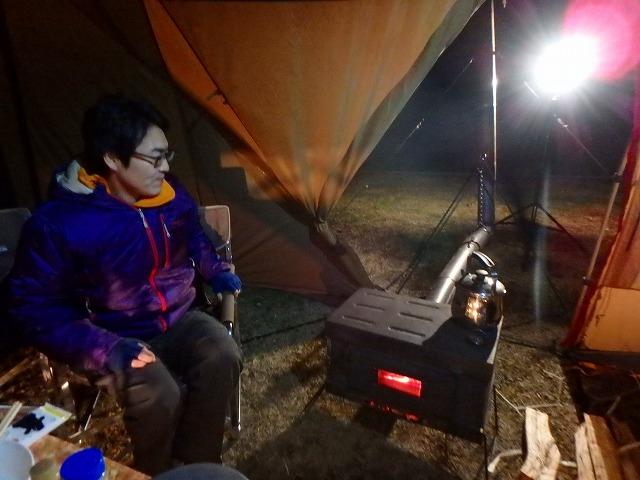 冬キャンプ♪テント内に薪ストーブが入って煙突出てる!in青根キャンプ場