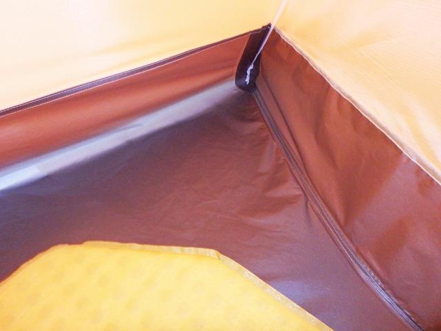 アライテント オニドーム1の展示を見た感想「斬新で意外に広く感じる」
