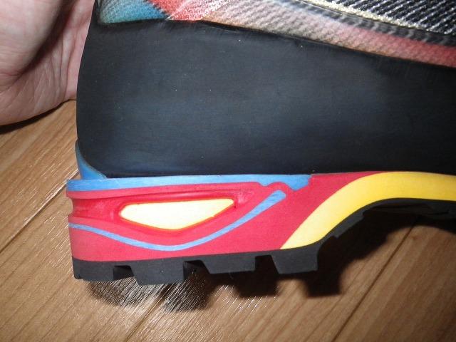 スポルティバ(LA SPORTIVA)トランゴキューブGTX(TRANGO CUBE GTX)カラー:Blue/Red